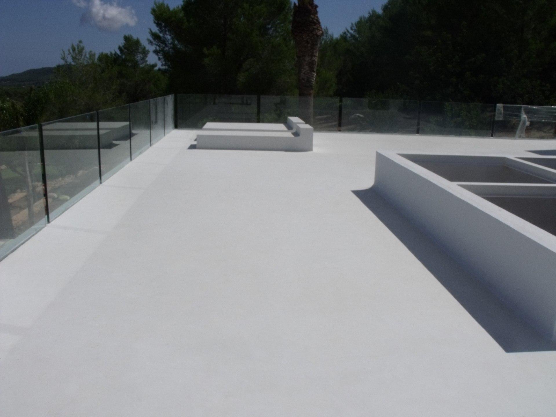 El mejor suelo para exterior - Suelo antideslizante exterior ...